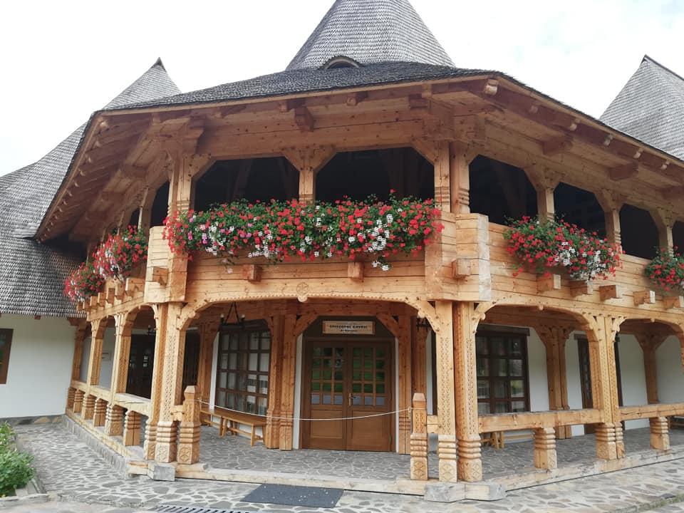 מנזר עץ ברסנה מרמורש רומניה